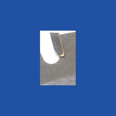 Schärfen eines hartmetallbestückten Flach- oder Wechselzahn-Kreissägeblatts über Ø 500 mm bis Ø 700 mm mit 74 bis 96 Zähnen