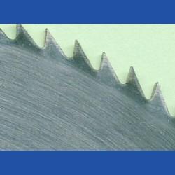 Schärfen eines Chrom-Vanadium-Kreissägeblatts Ø über 400 bis 500 mm