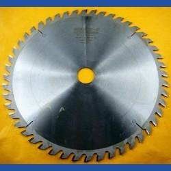 EDN Hartmetallbestücktes Kreissägeblatt UW Wechselzahn mittel – Ø 290 mm, Bohrung 30 mm