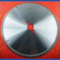 EDN Hartmetallbestücktes Kreissägeblatt VW Wechselzahn extra fein – Ø 300 mm, Bohrung 30 mm