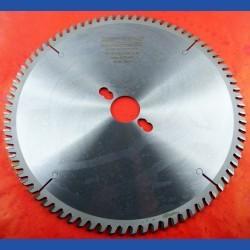 EDN Hartmetallbestücktes Kreissägeblatt VW Wechselzahn extra fein – Ø 250 mm, Bohrung 30 mm
