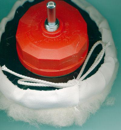 Kaindl Polierfell Standard Ø125 mm montiert auf dem Flexo-Fix